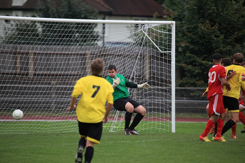 Disallowed Walton goal.Walton V Ramsgate. Copyright Chris Bushe