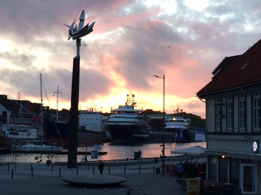 Harbour at 11 pm