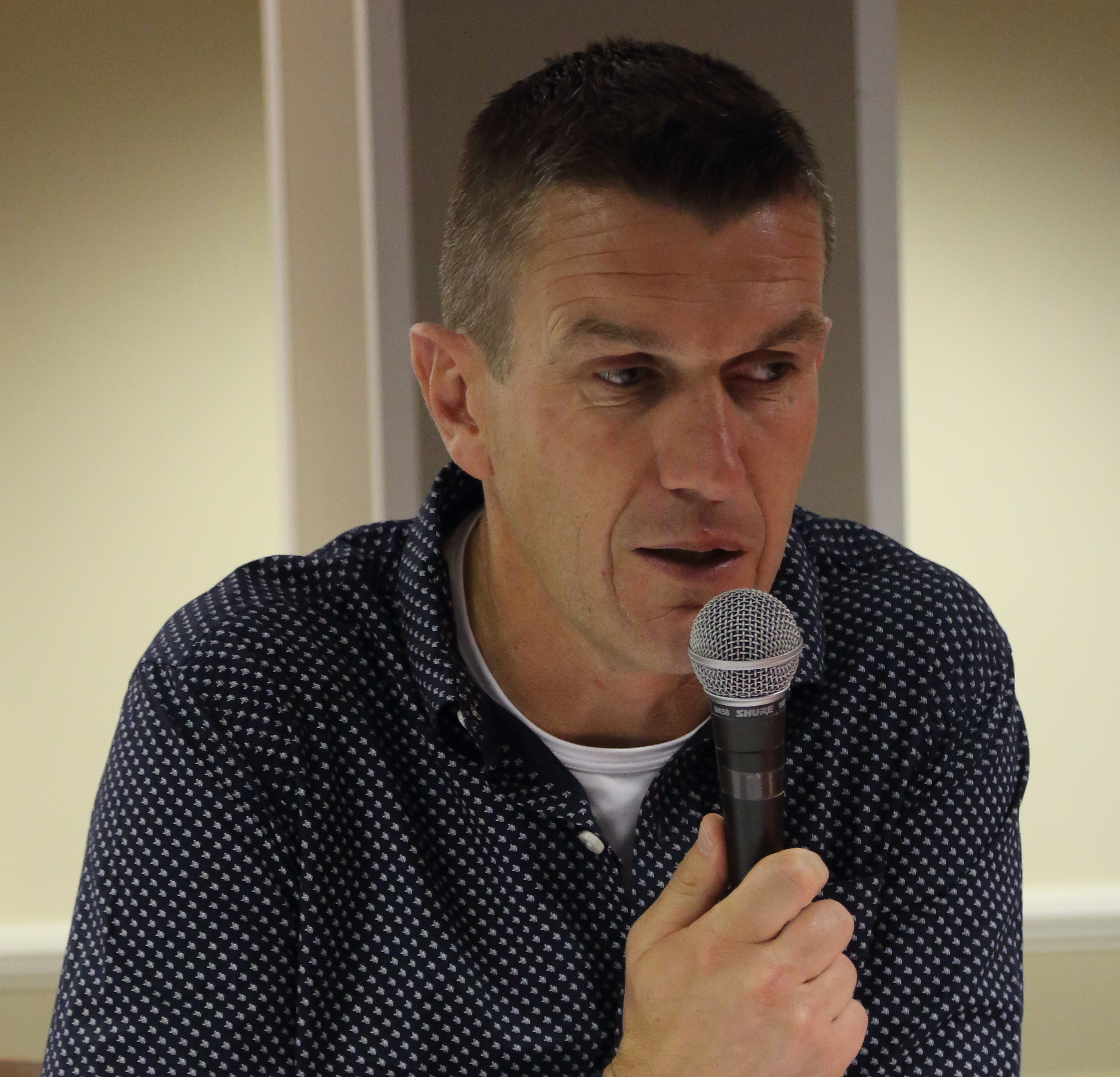 Marinus Dijkhuizen at Bees Forum 2015 Sept