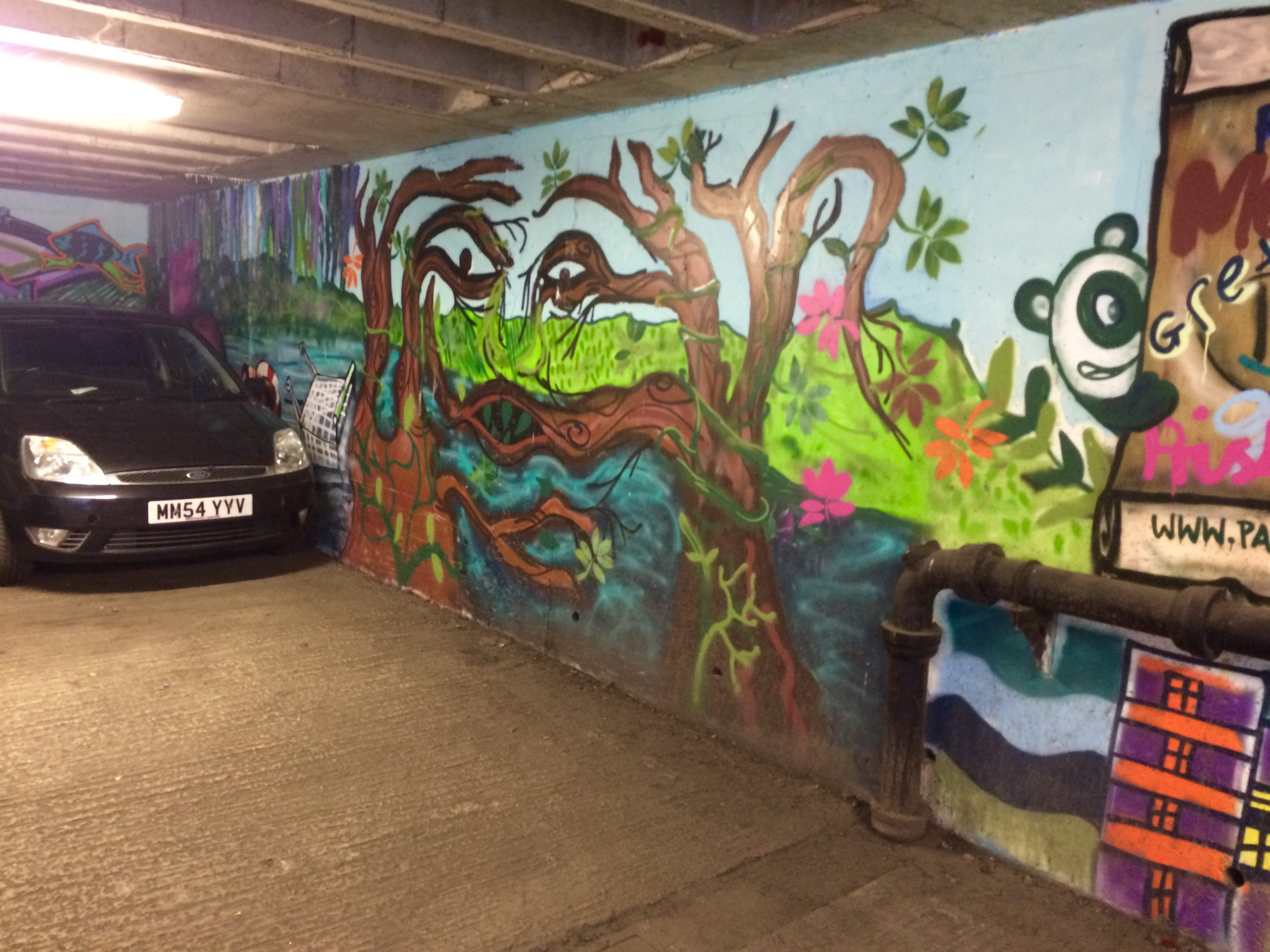 Graffiti Brentford in the Watermans Car Park Brentford. Copyright Chris Bushe 2015