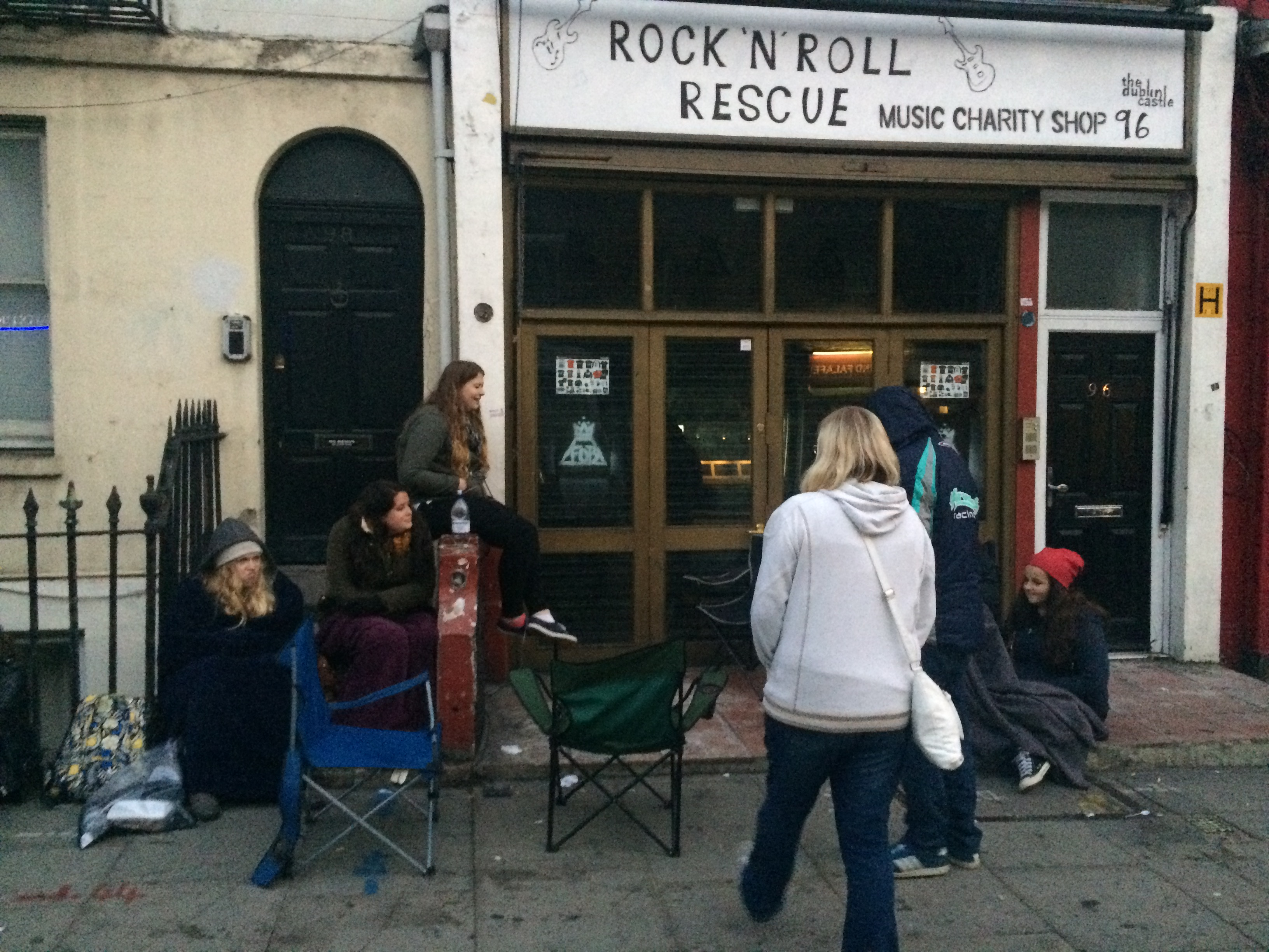 Queue Fall Out Boy Pop Up Shop London October 2015 to meet Pete Wentz